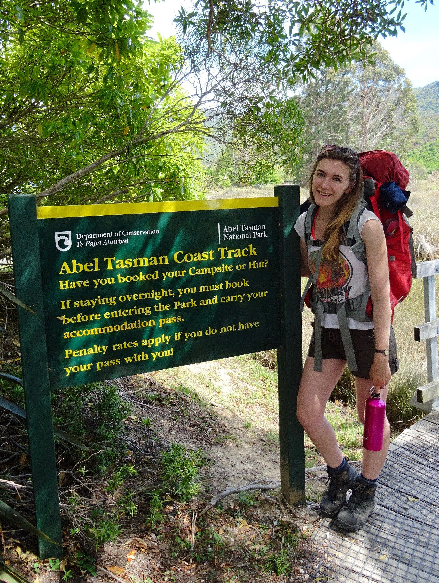 Thinking about hiking in New Zealand? Here are some top tips you should know before you go | spinthewindrose.com | #newzealand #hiking #outdoors