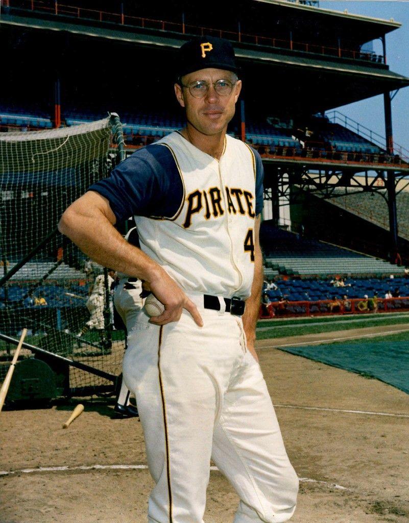 Bill Virdon c 1962 | Major league baseball stadiums, Baseball photography,  Baseball stadium