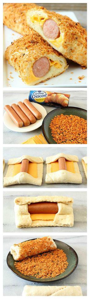 20 mn à 200°. Badigeon lait + chapelure. Eventuellement tartiner de moutarde sous le fromage. Accompagner de ketchup / hot dog relish.