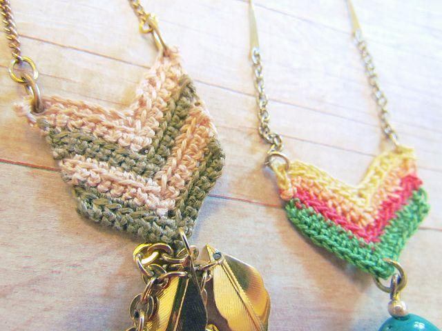 Crochet Chevron Necklace | Collares, Collares tejidos y Collares crochet