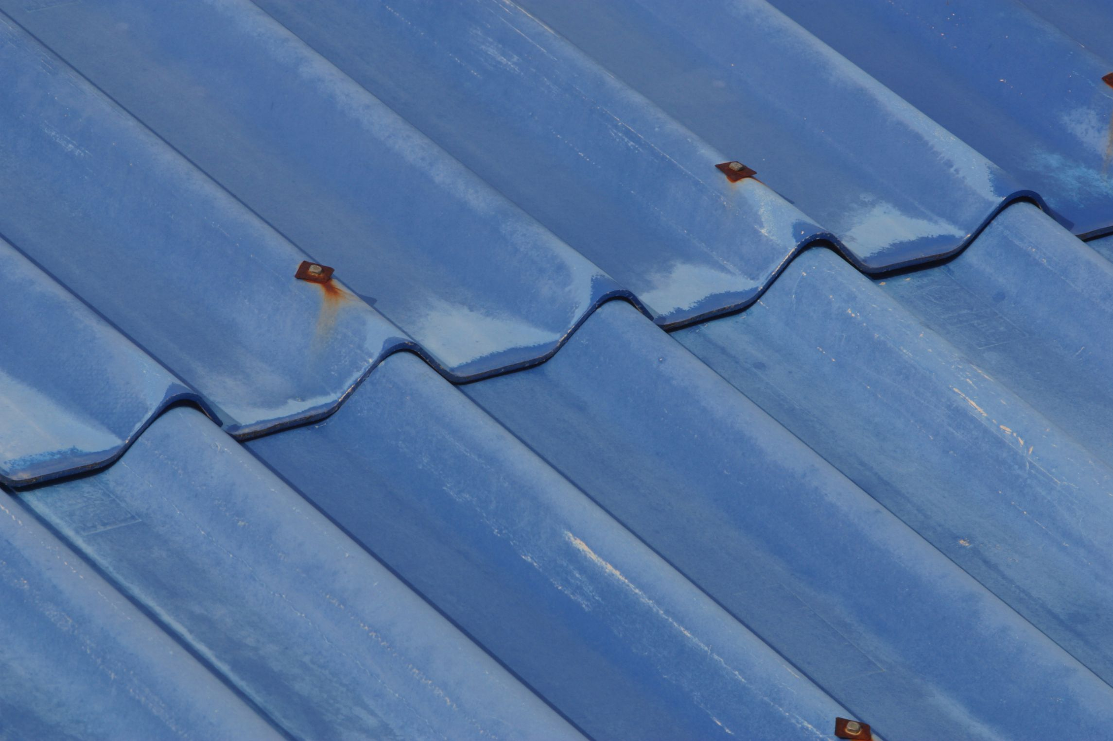 How To Paint A Galvanized Metal Roof With Sherwin Williams Galvanized Metal Roof Corrugated Roofing Painting Galvanized Steel