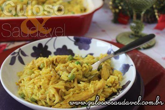 Este Arroz Thai com Frango e Cogumelos, é um #almoço fácil, delicioso, leve e rápido, do jeitinho que amamos!  #Receita aqui: http://www.gulosoesaudavel.com.br/2016/12/15/arroz-thai-com-frango-e-cogumelos/