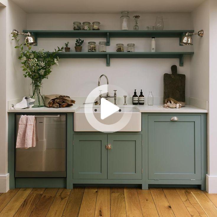 Je Hebt Misschien Gezien Deze Keuken In Onze Geschiedenis Zijn Er Vandaag Nou Ja Hier Kitchen Remodel Small Kitchen Design Small Farmhouse Kitchen Design