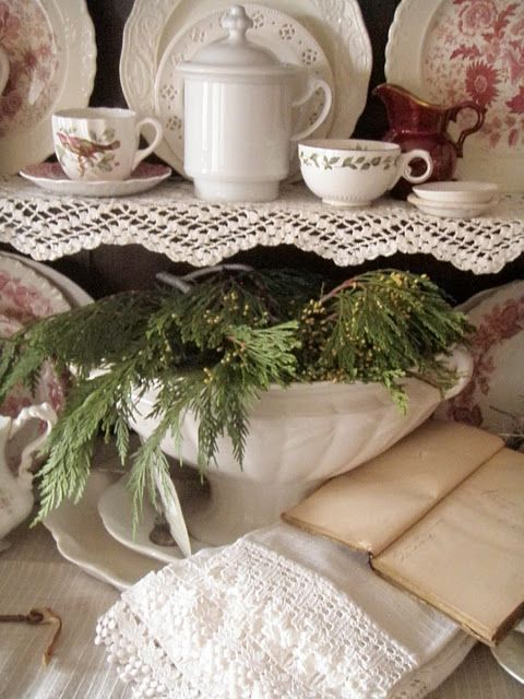 . . . Cabin & Cottage : The Olde Christmas Cupboard