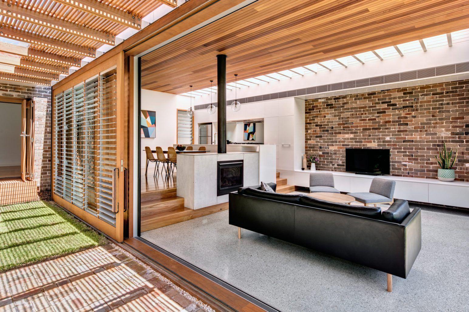 Canada bay residence u abundance of light u ventilation cplusc
