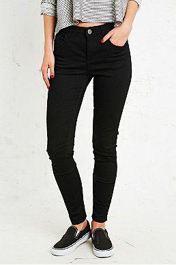 BDG Knöchellange Cigarette Jeans mit mittelhoher Taille in Schwarz