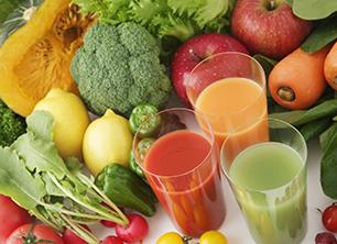 La dieta de los ''jugos milagrosos'', ¿moda o una opción saludable?, entérate más leyendo nuestro blog: http://adelgazarconsalud.net/la-dieta-de-los-jugos-milagrosos-mito-o-realidad/