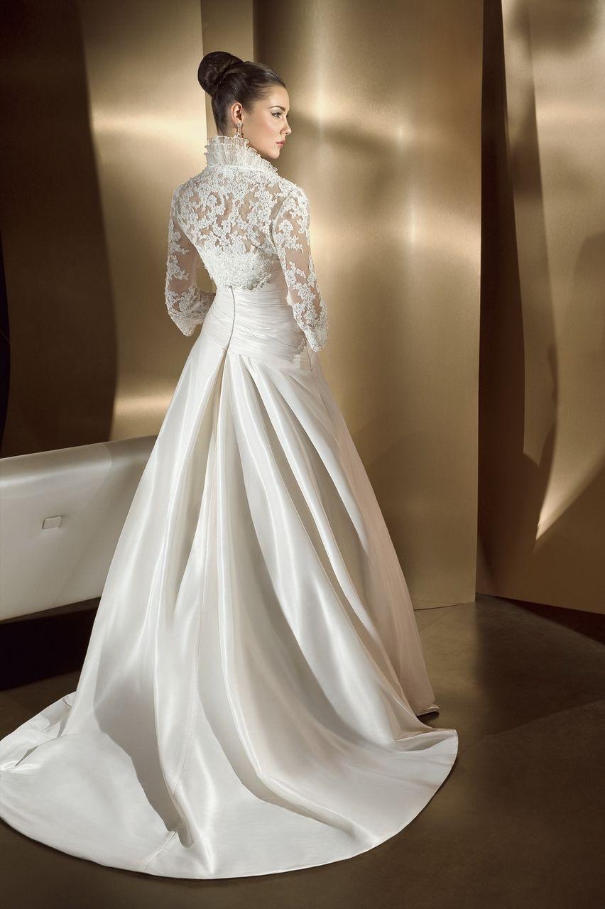 Engaging Princess Jacket 3/4 Sleeves Lace Satin Appliques Chapel ...