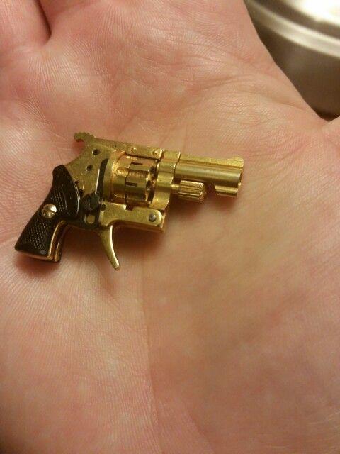 World's smallest revolver  2mm Xythos   Tiny Guns   Hand