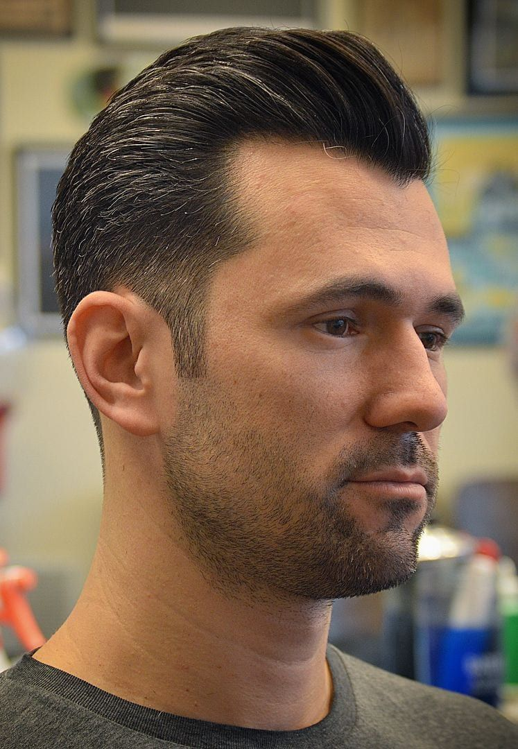 20 Best Hairstyles For A Receding Hairline Extended In 2020 Widows Peak Hairstyles Mens Hairstyles Widows Peak Mens Hairstyles