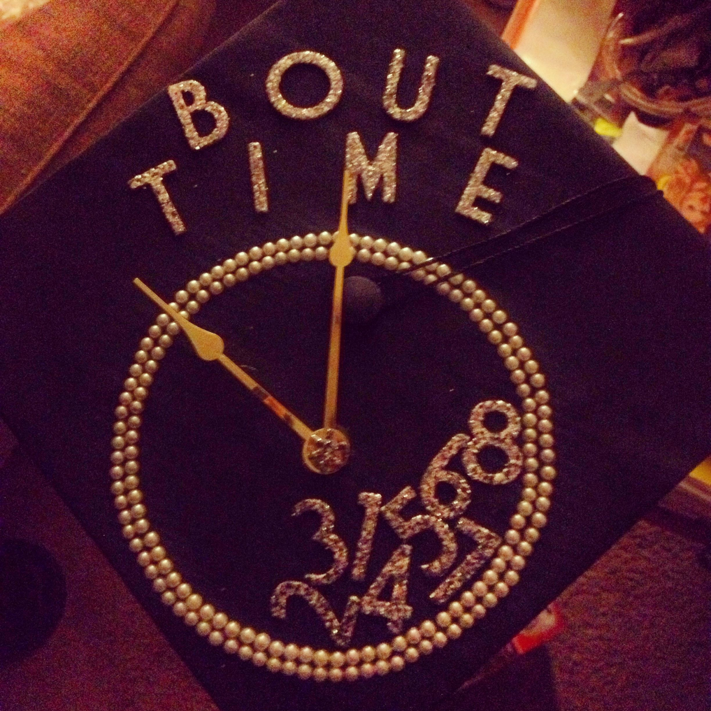 17 Best images about Cap in gown decor on Pinterest | Glue dots ...