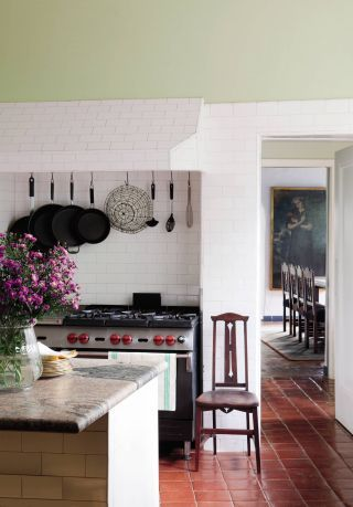 Traditional Kitchen in Hollywood Hills, California