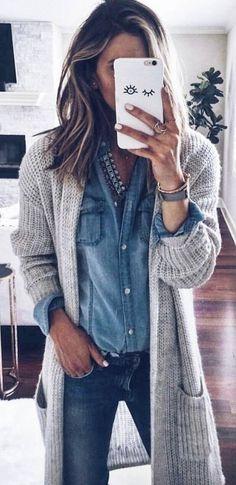 Winter Fashion Grey Cardigan + Denim Shirt   Moda jesienna