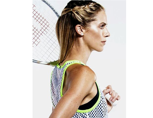 7 Stay-Put Hairstyles For Your Sweatiest Workouts | Pretty hair ...