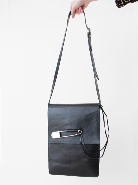 Safety Pin Messenger Bag Black