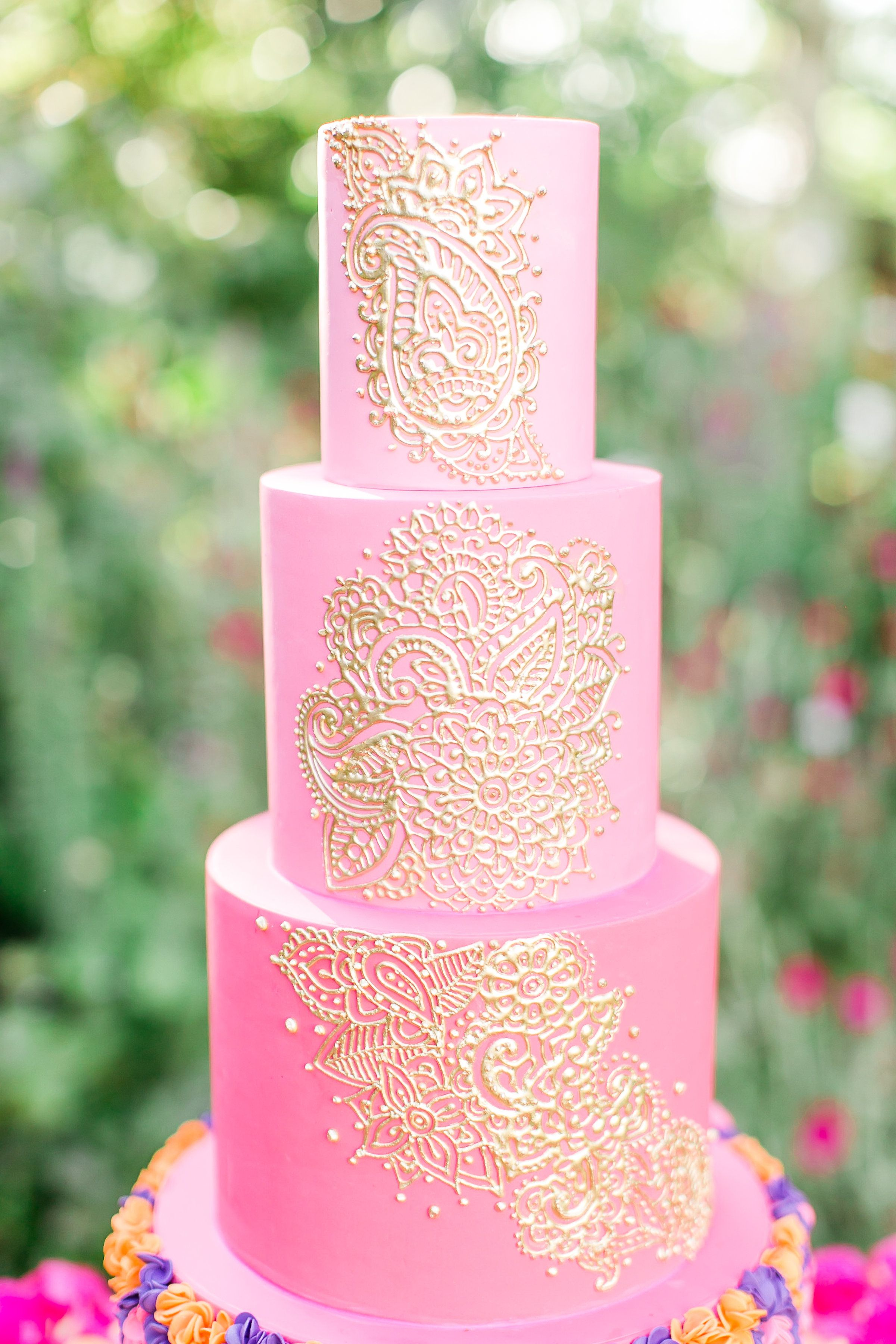 Stunning East Meets West Wedding Ideas Pinterest Gold Henna