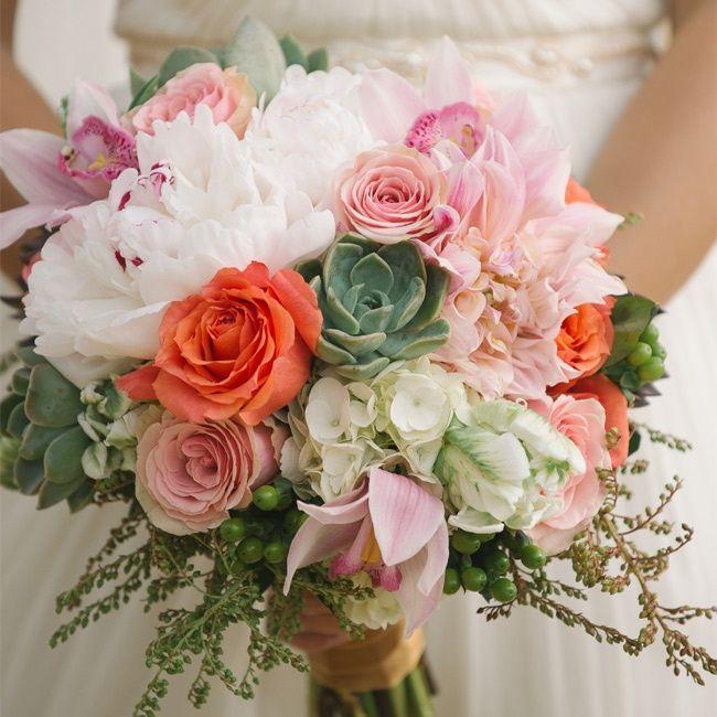 Stephanie Daniel In South Lake Tahoe Ca Rustic Wedding Bouquet Wedding Website Free Wedding Bridal Bouquets