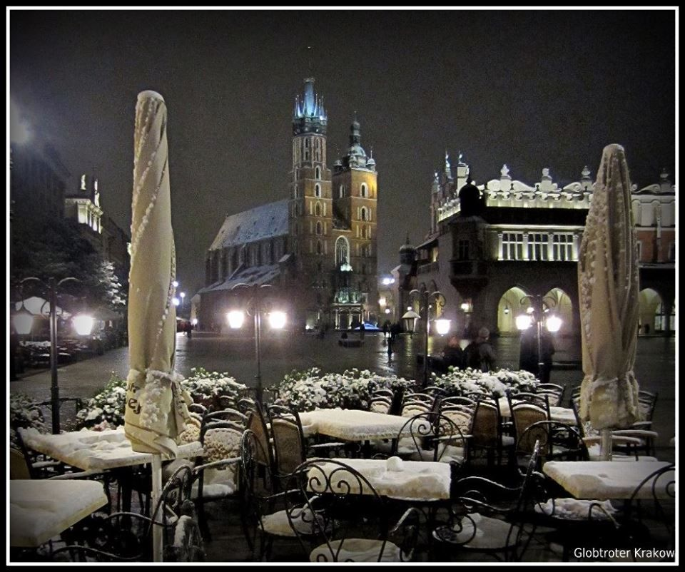 Cracow by night ...first snow on the Market Square...