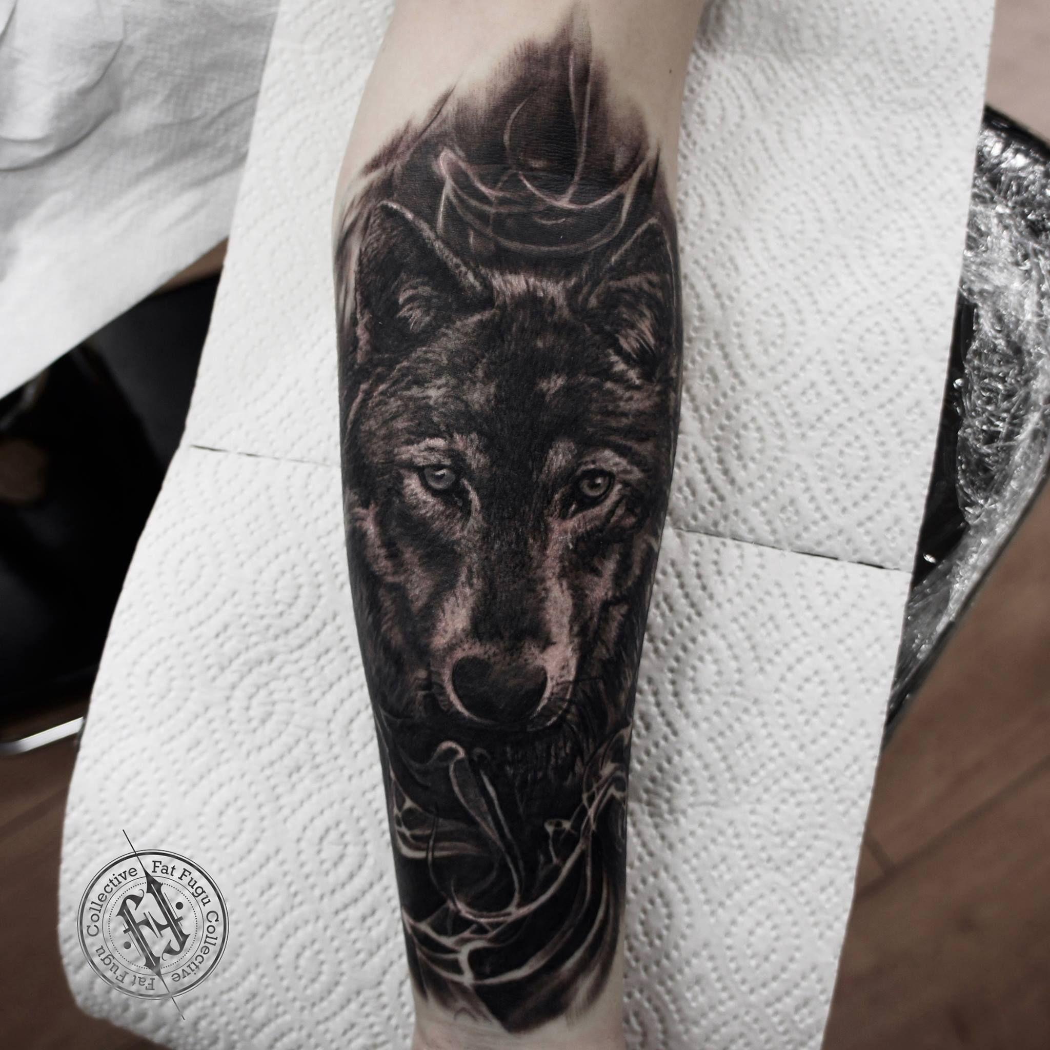 Картинки волк воет на луну что обозначает пример тому