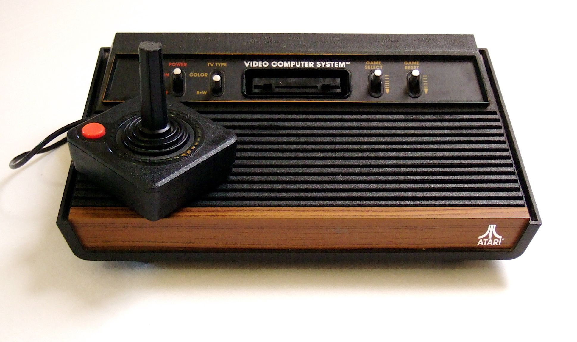Atari video game console. This was the first console I ever had at home. I borrowed it from a friend (in exchange for my Star Wars AT-ST walker) and played Asteroids on it. (1938×1151)