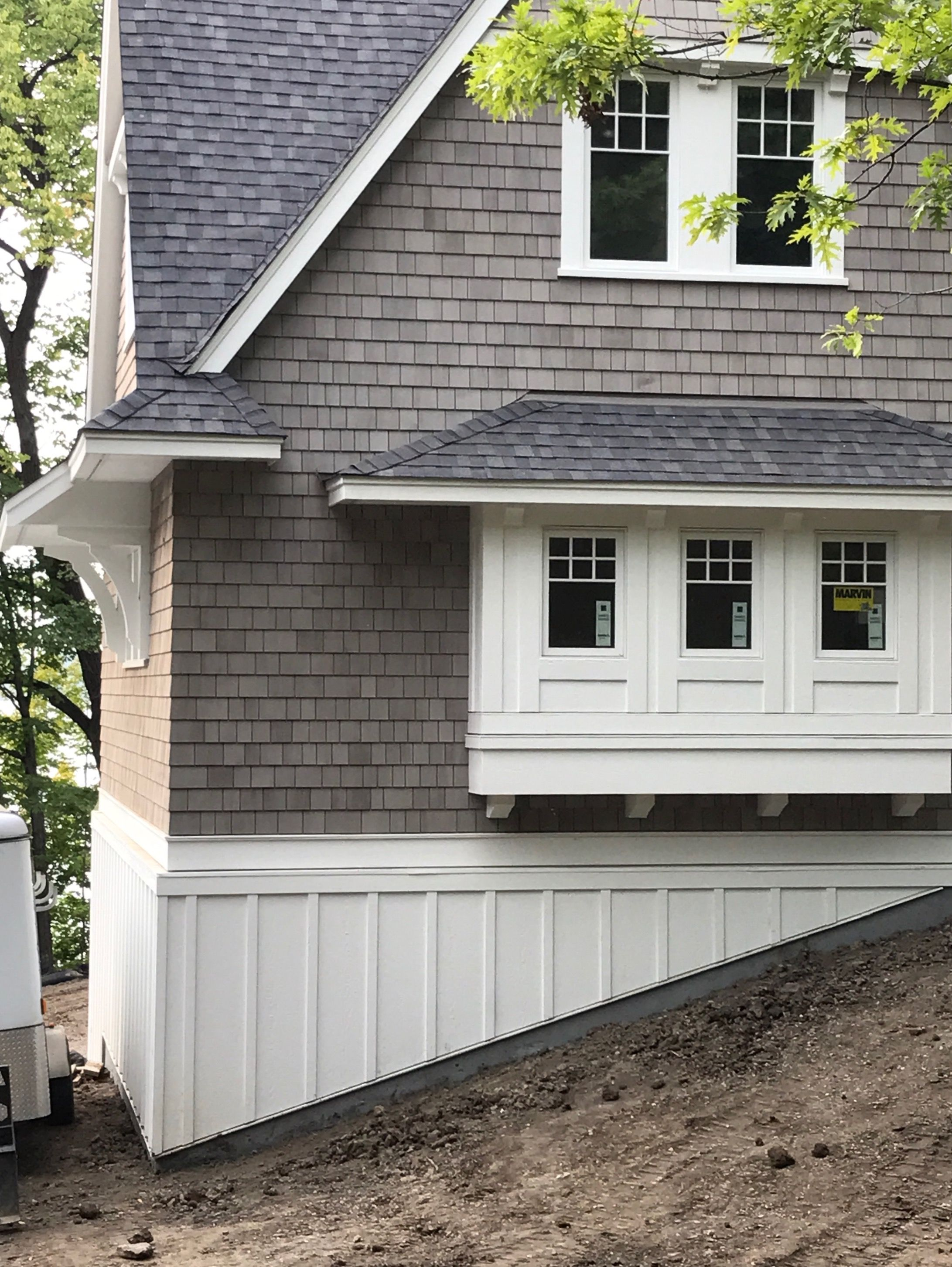 Wood Shakes Dipped In Cabot Fieldstone Semi Solid Stain House Paint Exterior Craftsman Home Exterior Shingle Exterior