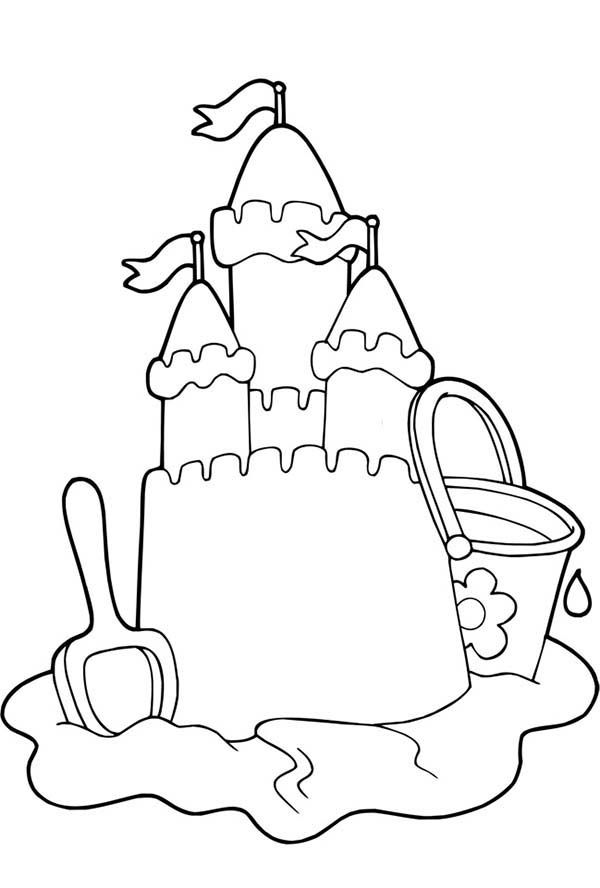 Free printable Beautiful Sand Castle Coloring Page