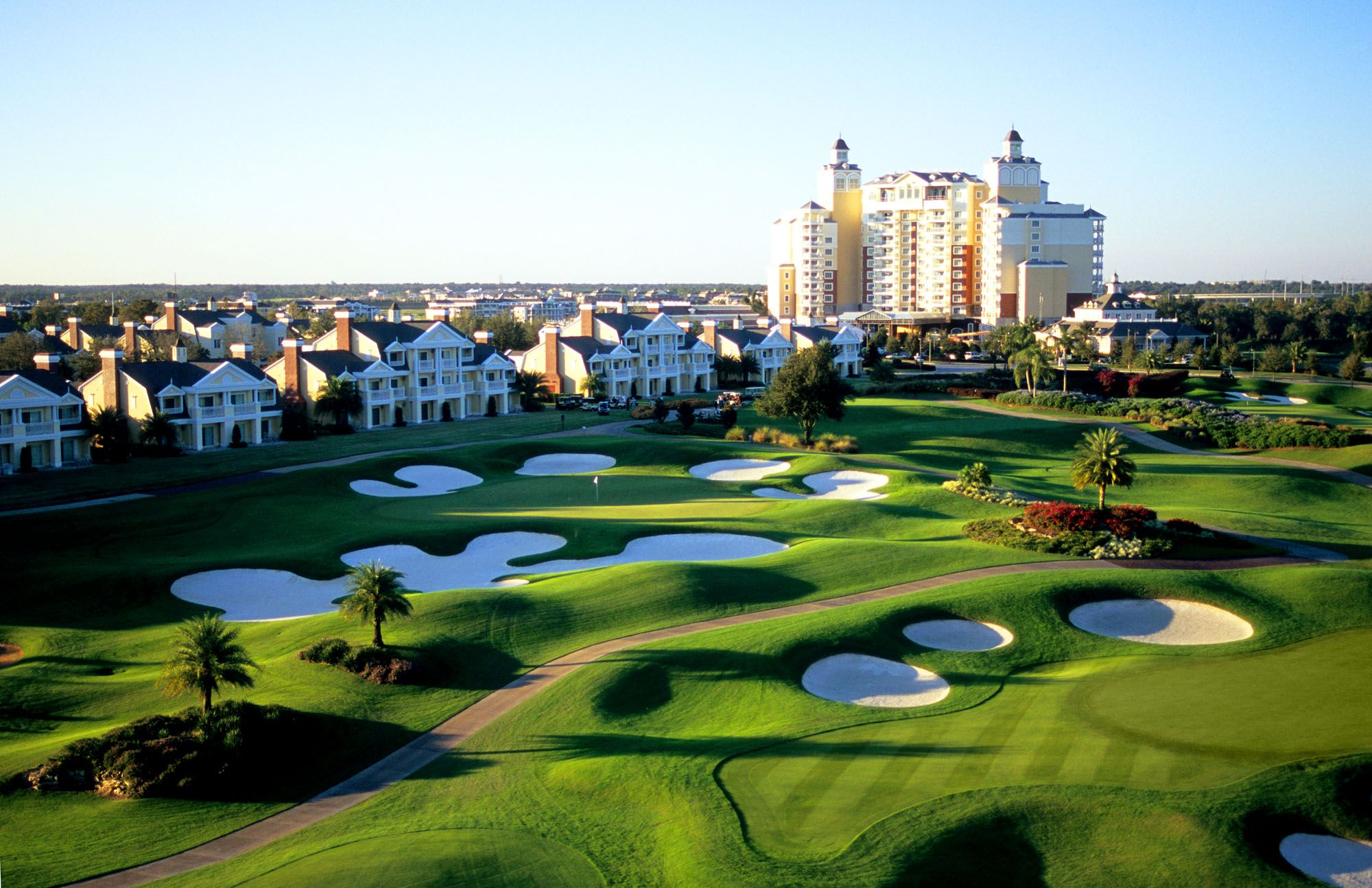 Three prodesigned golf course and highend villas? Looks