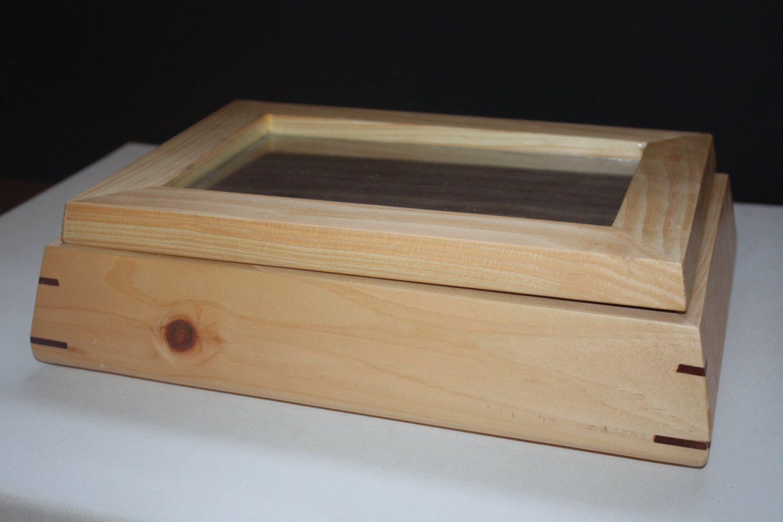 Keyed Corners Keepsake Box by ZachSmithWoodworks on Etsy, $25.00