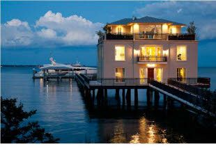 house on the water!