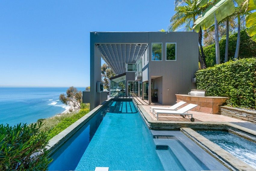 Villa Design Et Contemporaine Avec Piscine A Malibu Pools