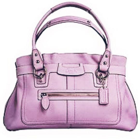 COACH Soft Pebble Collection AUTHENTIC Coach purse. LIKE NEW! Only used  twice! Has excellent space 889aea1a60fb7