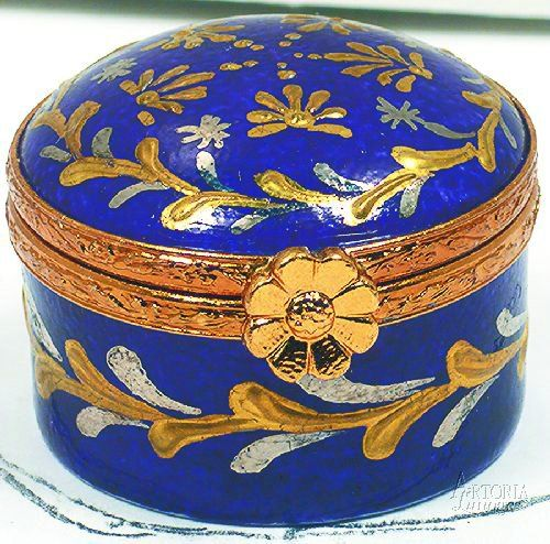 Limoges - Round Blue Box | Bottles & Boxes | Pinterest | Box ...