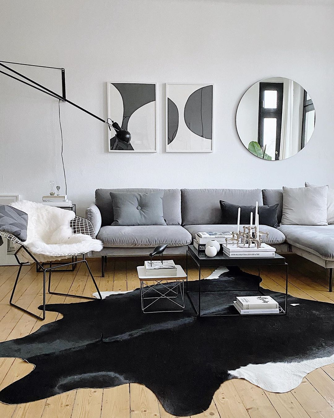"Alexander Paar's Instagram profile post: ""Not leaving the sofa today 🕯🕯🕯 #happysunday #solebich #schönerwohnen #skandinavischwohnen #mynordicroom #homeinspo #scandinavianinterior…"""