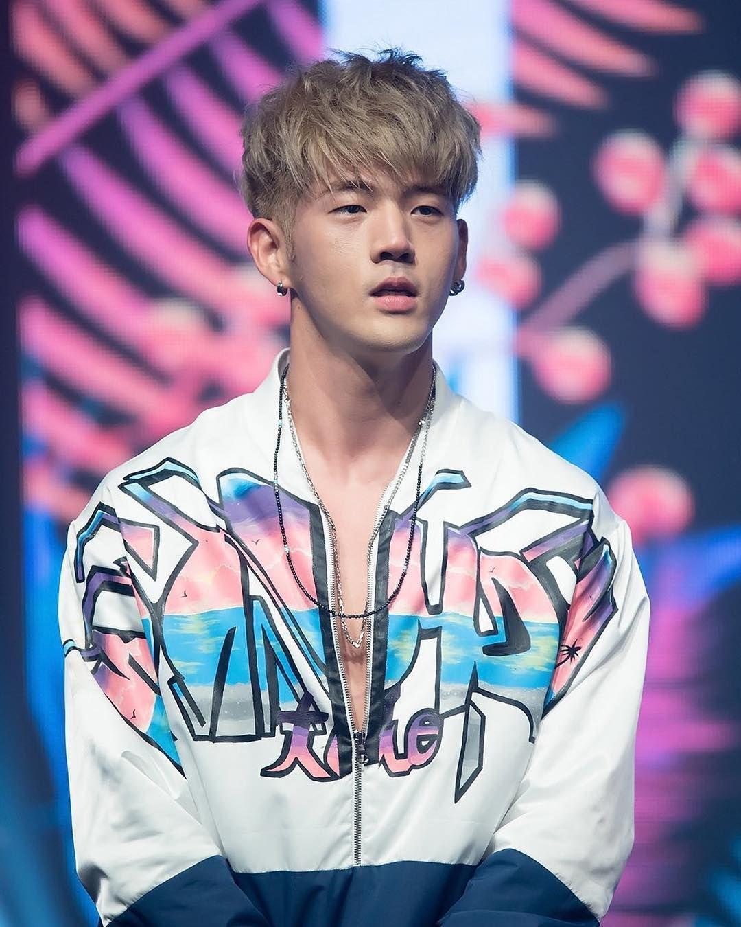 Most Handsome K Pop Male Idols Kard Bm Kim Woojin Matthew Kim Kpop K Pop Music K Pop Boy Groups Best K Pop Boy Bands T Kard Bm Kard Korean Music