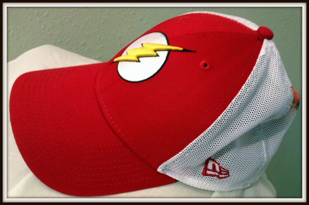 FLASH NEW ERA 39 THIRTY FLEX FIT DIRECT EMBROIDERED MESH BACK CAP HAT ADULT  S M  SUPERMANDCCOMICS  BaseballCap 58f607b83