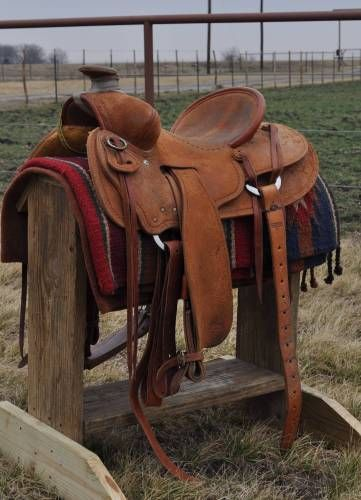 Oliver Saddle Shop Southwest Will James Seat Rig with a 15 1