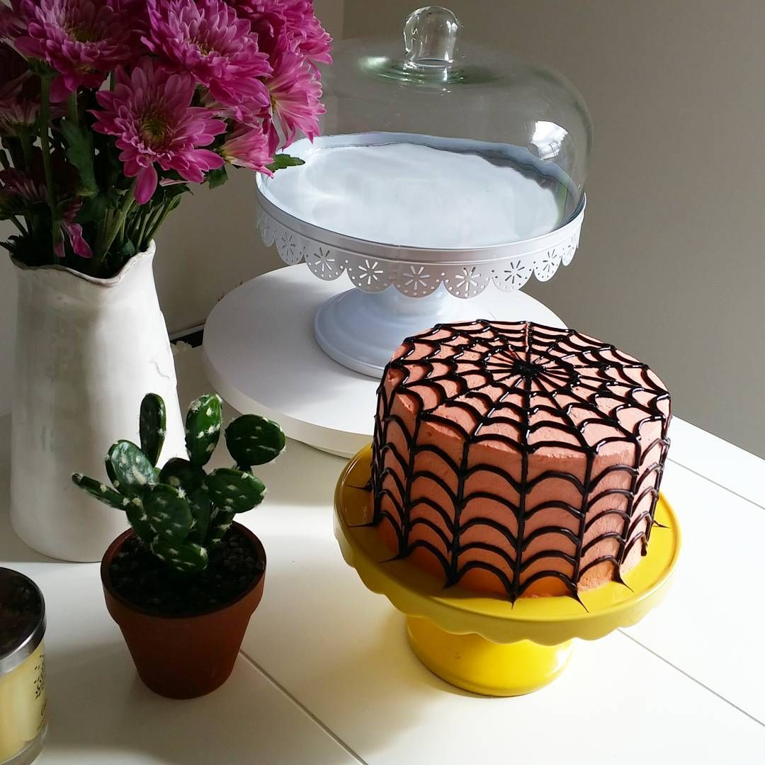 「 Joel's birthday cake.  #baking #spidercake #melbourne#daily  #melbournecake #melbournesweets #birthday #birthdaycake #love #melbournelife  #4yearsbirthday 」
