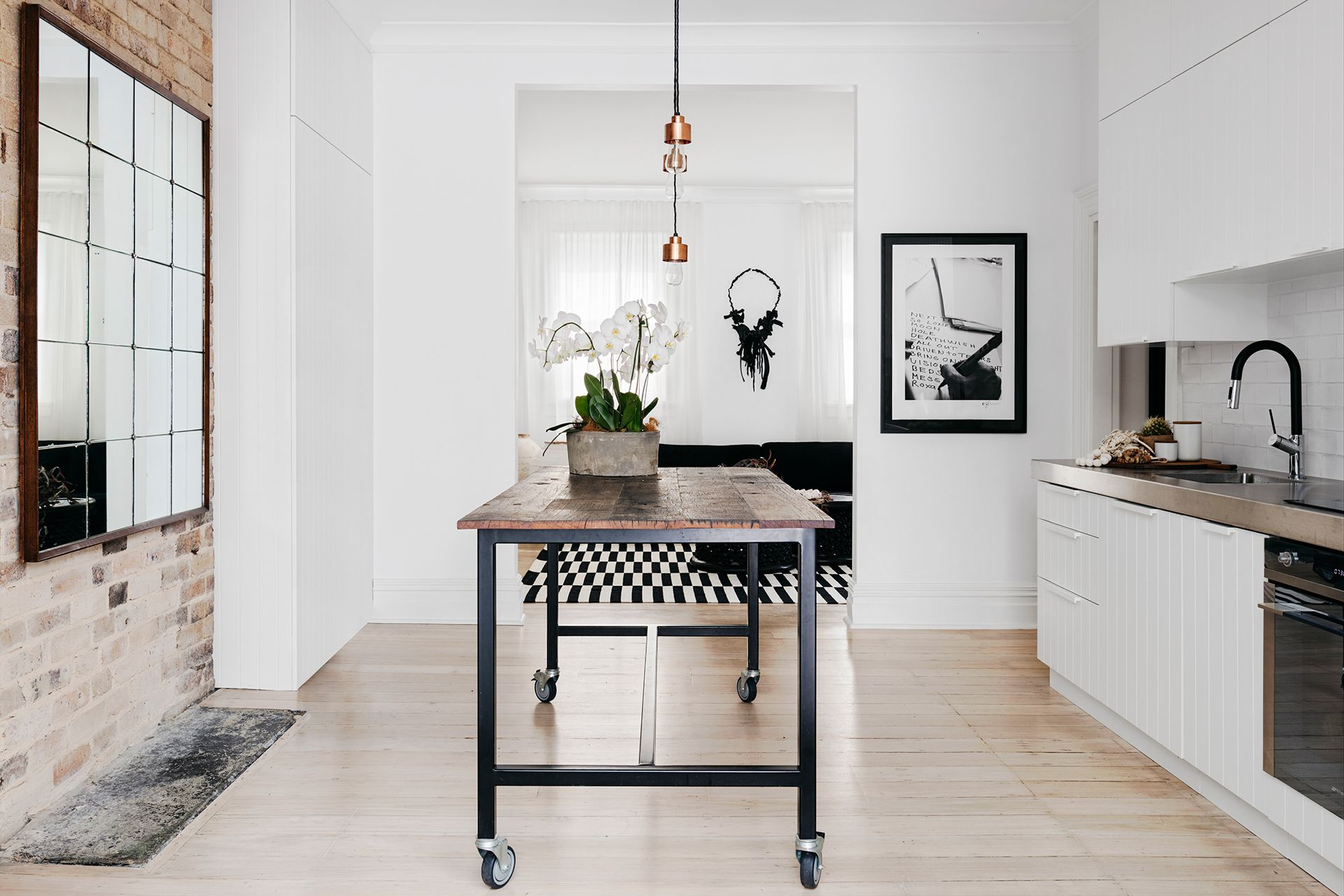 Terrace House Kitchen Design Ideas Awesome Monochrome Makeover Of Sydney Terrace Kitchens Home 3085 2