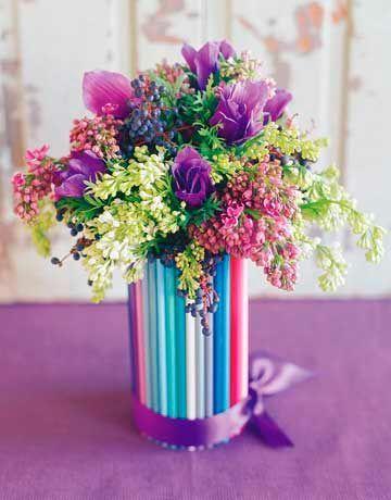 manualidad para hacer un jarrn con lpices de colores Ideas