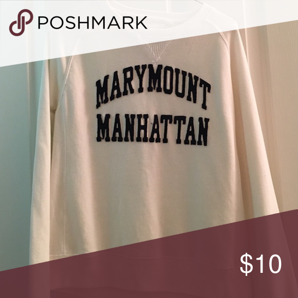 buy online 25d07 e2a9b Marymount Manhattan College Sweatshirt Perfect condition Tops Sweatshirts    Hoodies