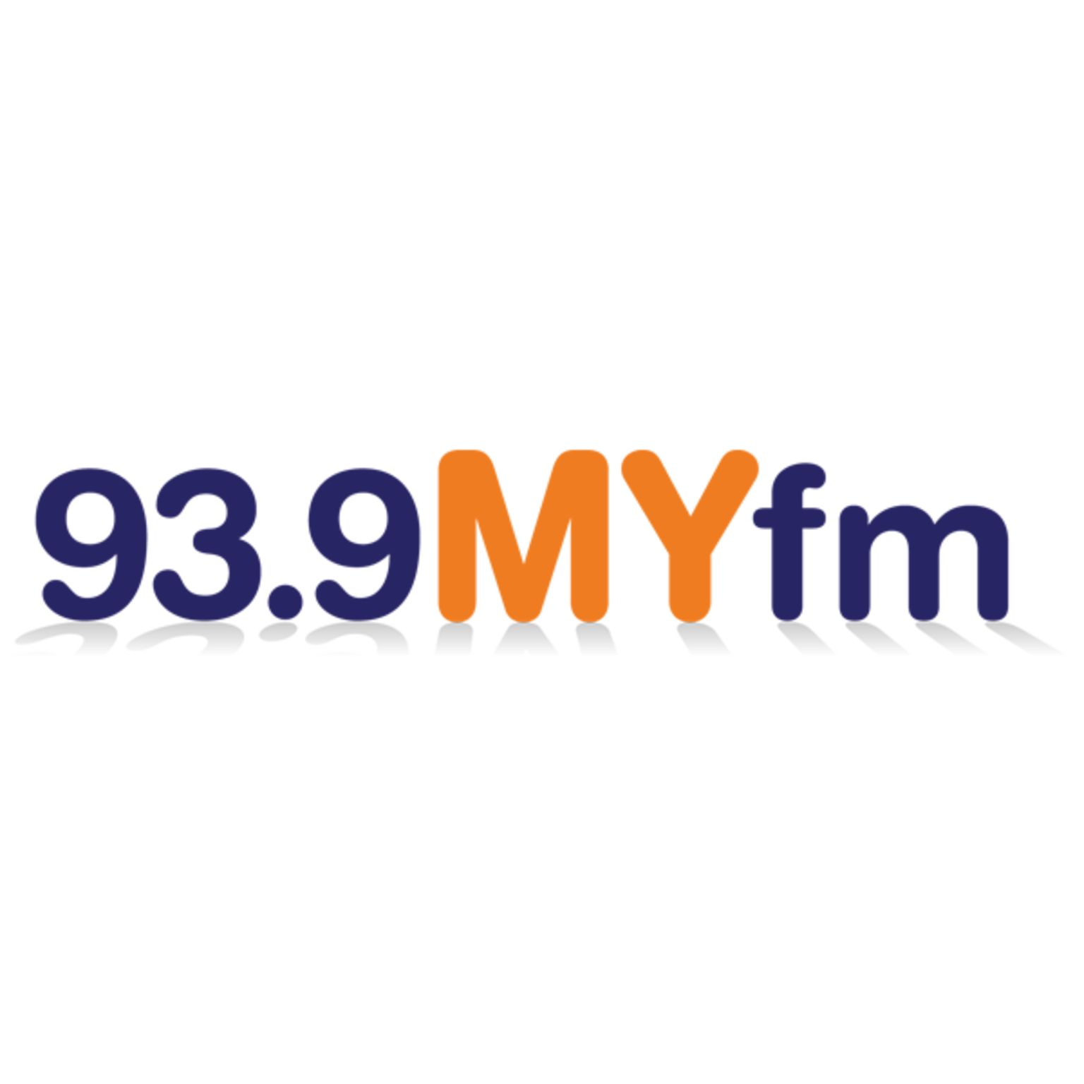 I\'m listening to 93.9 My FM Chicago, More Variety from the 90s Til ...