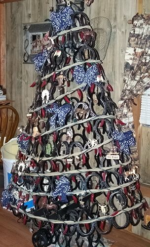 7 Foot Tall Western Horseshoe Christmas Tree - Southern By Grace
