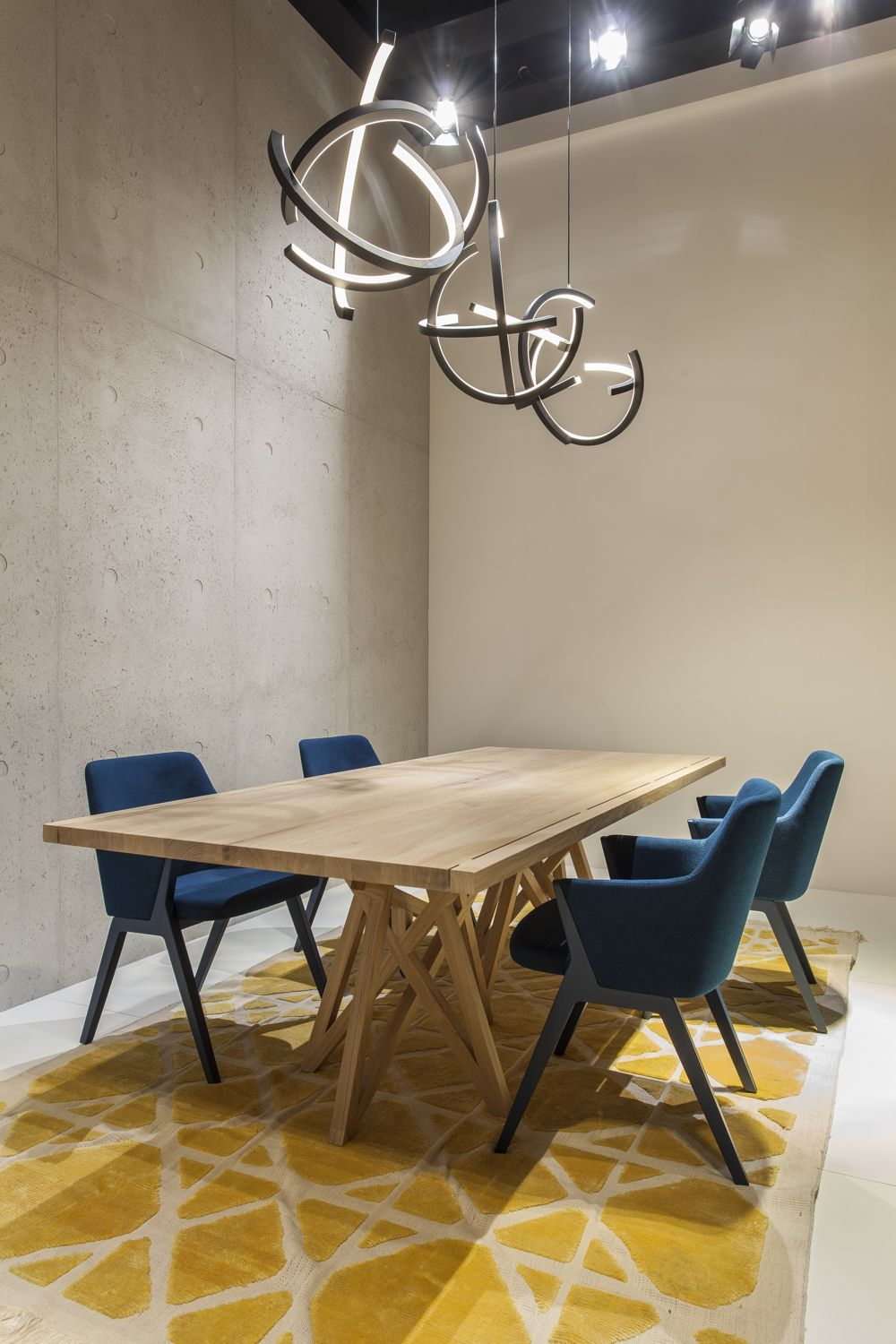 roche bobois at the imm cologne fair | saga dining table designed