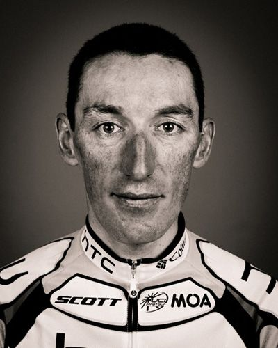 Professional cyclist portraits by Richard Baybutt - The face of a champion: Marco Pinotti