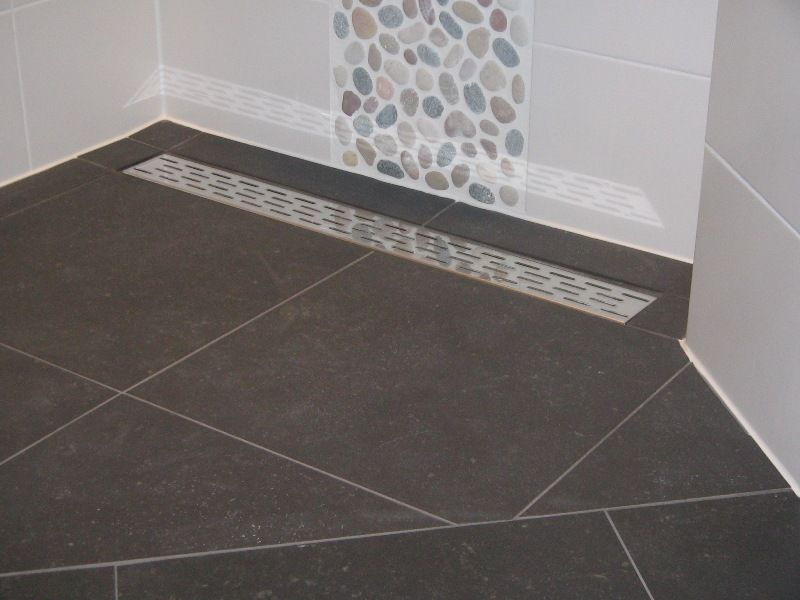 Inloopdouche Met Tegels : Inloopdouche zie ook mooie tegel op achterwand badkamer