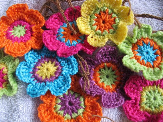 Sunflower Adjustable Garland Funky Yellow Flower Banner Spring Garland Bunting Crocheted Flower Yellow Flower Photo Prop Flower Garlands Crochet Flowers Yellow Flower Photos