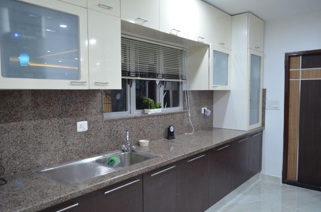 Classy Duplex House Modern Kitchen By Vdezin Interiors Modern Homify Kitchen Design Color Latest Kitchen Cabinet Design Kitchen Design