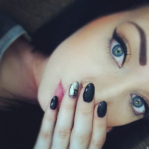 eyes ....