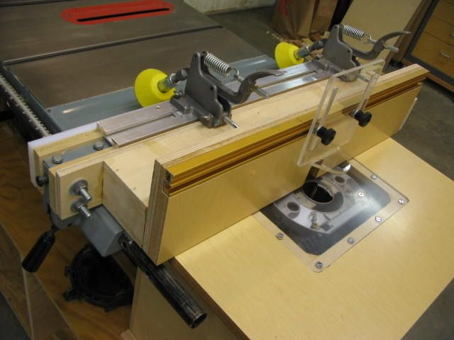 Good fence idea reversed for my saw and router setup tablesaw explore build a router table fence ideas and more keyboard keysfo Image collections