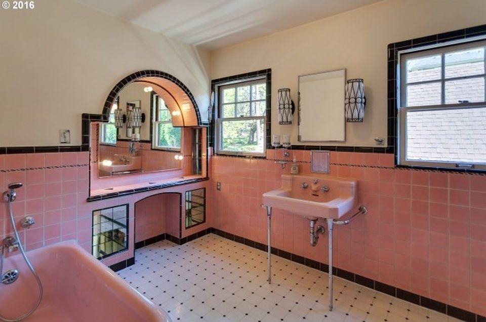 7806 Se 27Th Ave Portland Or 97202  Mls #16409507  Zillow Stunning Bathroom Remodeling Portland Oregon 2018